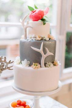 Hochzeitlicher Country Glam in Apricot LABODA WEDDING PHOTOGRAPHY http://www.hochzeitswahn.de/inspirationsideen/hochzeitlicher-country-glam-in-apricot/ #wedding #inspo #apricot