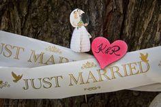 lust married #Wedding #Hochzeit #Liebe pinned by #Hochzeitsfotografin www.berlinfotografin.de Foto Jana Farley | Follow me on www.facebook.com/pages/Berlin-Fotografin/304964096211572
