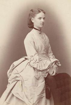 ANTIQUE-ROYALS - 1870's