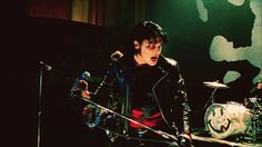 gerard way desolation row