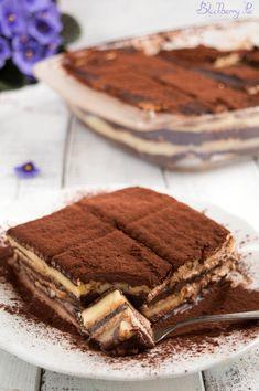 Desserts bars recipes cooking 61 new Ideas Cheesecake Desserts, Köstliche Desserts, Delicious Desserts, Sweet Light, Superbowl Desserts, Whipped Cream Desserts, Coffee Biscuits, Quick Easy Desserts, Best Banana Bread