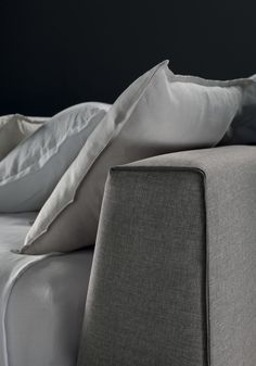 GRECALE EXTRA bed by Valentini. The best idea for a modern bedroom