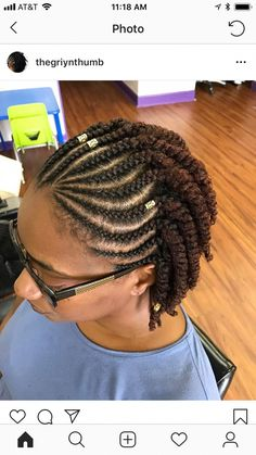 African American women often encounter many troubles with their short natural hair. It may be difficult to style, dry and frizzy. Don't panic, there are many African American natural hairstyles for short hair. Natural Hair Mohawk, Natural Hair Salons, Natural Hair Twists, Natural Hair Styles, Short Hair Styles, Simple Natural Hairstyles, Natural Protective Hairstyles, Cornrows Natural Hair, Cabello Afro Natural