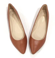 Sienna Pointed Toe Flat