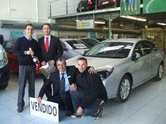 Premiado del Gordo 2011 recoge su nuevo coche