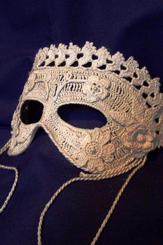 costumes ~ eye mask ~ crochet ? (lift the trim outward) L: