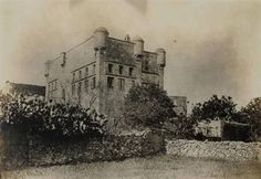 Ο Πύργος της Χαλέπας ήταν το επιβλητικότερο κτίσμα της περιοχής στα τέλη του…