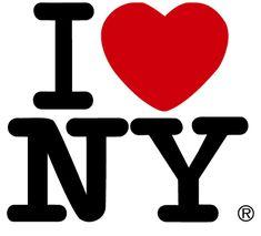 """Milton Glaser creó en 1975 el famoso logotipo """"I LOVE NEW YORK"""" pensado para una promoción y con una vida estimada de pocos meses, pero sucedió todo lo contrario y hasta la fecha es de las imágenes mas vendidas de la gran manzana!  En este vídeo podemos ver algunas cuestiones sobre el...  Via: http://www.logodesignlove.com/"""