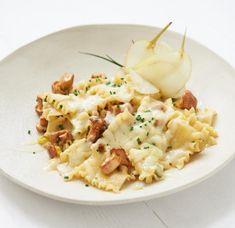 Pfifferlings-Pasta à la Crème Pasta Salad, Risotto, Potato Salad, Creme, Sweet Home, Veggies, Potatoes, Monat, Ethnic Recipes