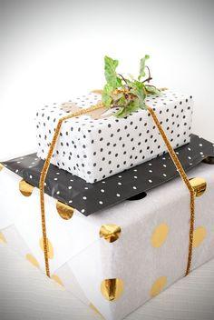 Polka dots wrapping