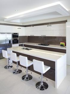 Kitchen Island Ideas - Use these great, captivating suggestions to upgrade your kitchen area island. Here are the best kitchen area island suggestions to maximize your room. Luxury Kitchen Design, Kitchen Room Design, Bathroom Design Luxury, Best Kitchen Designs, Luxury Kitchens, Home Decor Kitchen, Interior Design Kitchen, Farmhouse Style Kitchen, Modern Farmhouse Kitchens