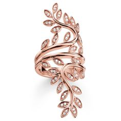 Vines and leaves wrap around finger ring