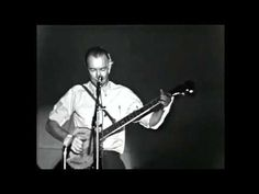 Sag mir, wo die Blumen sind, Where have all the flowers gone, long time passing? Where have all the flowers gone, long time ago? Where have all the flowers g. Protest Songs, Pete Seeger, Music Web, Man Go, Music Albums, Folk Music, Long Time Ago, Sweden, Music Videos