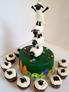 Shaun the seep cake.