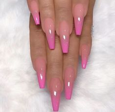 It& important to maintain the fashion and popularity of nails. In order to achieve your style in this spring, there is no better choice than coffin nails. Coffin nails can be short or long. Long coffin nails are bold and fashionable. The coffin nai Aycrlic Nails, Dope Nails, Manicure, Claw Nails, Nails On Fleek, Glitter Nails, Summer Acrylic Nails, Best Acrylic Nails, Acrylic Art