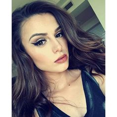Cher Lloyd Winged Eylinere