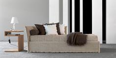 Il divano letto è un elemento estremamente utile e pratico, ma che spesso nella nostra immaginazione accostiamo ad un arredo meno bello rispetto al classico divano.Invece esistono in commercio tanti modelli di divani letto, funzionali, comodi e soprattutto esteticamente belli. Il divano letto è un'ottima alternativa al classico divano in diverse situazioni: in un monolocale,…