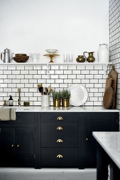 Dumbfounding Useful Ideas: Long Kitchen Remodel Stove kitchen remodel wall removal bathroom.Small Kitchen Remodel 2017 farmhouse kitchen remodel on a budget.Old Kitchen Remodel Fixer Upper. Black Kitchen Cabinets, Kitchen Cabinet Colors, Painting Kitchen Cabinets, Black Kitchens, Home Kitchens, Kitchen Backsplash, Dark Cabinets, Metro Tiles Kitchen, Kitchen Subway Tiles
