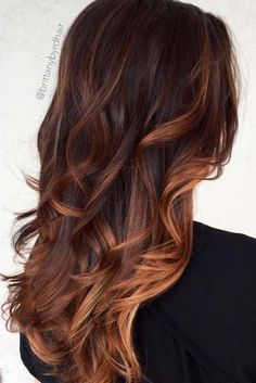 Caramel balayage on black hair or caramel balayage on dark hair become fairly popular. Also Balayage caramel blonde which recommended by some hair stylist. Brown Hair With Highlights, Brown Hair Colors, Hair Colour, Tiger Eye Hair Color, Reddish Brown Hair Color, Natural Highlights, Caramel Hair, Caramel Brown, Balyage Caramel