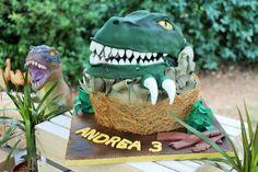 Velociraptor cake
