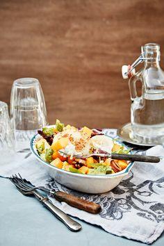 Kurpitsasalaatti | K-ruoka #myskikurpitsa Table Settings, Dairy, Cheese, Foods, Food Food, Food Items, Table Top Decorations, Place Settings, Tablescapes