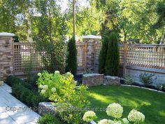 incredible fake bamboo fence ideas – ideas for garden furniture # bamboo … - Modern Fence Landscaping, Backyard Fences, Garden Fencing, Modern Landscaping, Backyard Privacy, Privacy Fences, Privacy Screens, Cedar Trellis, Trellis Fence