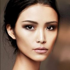 12. #Contour with Foundation - 16 #Gorgeous Asian #Makeup #Tricks to Try ... → Makeup #Circle