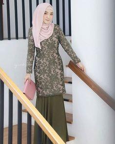 Super ideas for sewing dress hand Model Kebaya Muslim, Kebaya Modern Hijab, Kebaya Hijab, Kebaya Dress, Dress Pesta, Dress Muslim Modern, Dress Brokat Modern, Muslim Dress, Model Kebaya Brokat Modern