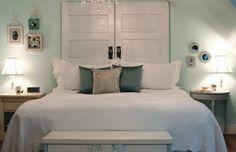 Fabriquer une tête de lit en bois avec une porte - La maison DIY - Des tutoriels DIY gratuits et pratiques à faire vous-mêmes en toute simplicité !