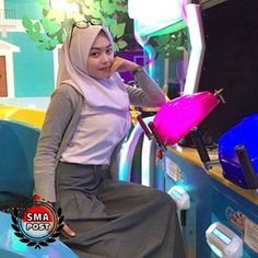 Casual Hijab Outfit, Hijab Chic, Girl Hijab, Fantasy Girl, Muslim Women, Teen, Photo And Video, School, Face