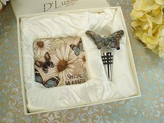 Consider these exclusive Butterfly Bar Set #Murano Design favors from our #barware party favors collection.
