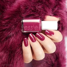 essie • knee-high life (EU 503) • As If! Collection • fall 2017