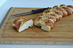 Hot Pretzel Challah Bread is not only delicious, it's vegan! |  Hezzi-D's Books and Cooks