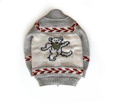 Grateful Dead dancing bear sweater for John Mayer and The Dead and Company. Grateful Dead Dancing Bears, Dead And Company, Bear Logo, John Mayer, Good Ol, Album Covers, Hand Knitting, Custom Design