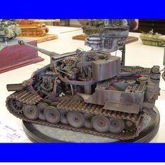 Tiger Modeler Unknown From: Boogaloo Models #tank #tanque #udk #usinadoskits #war #guerra #miniatura #art #miniarte #tiger #hobby #passatempo #tempolivre #plastimodelismo