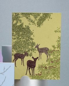 Use our clip-art template to create an elegant, nature-inspired card for the holidays.