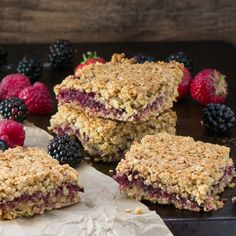 Summer fruit flapjacks A delightful mix of strawberries raspberries blackberries and blackcurrants between crunchy oats Fruit Recipes, Gourmet Recipes, Baking Recipes, Sweet Recipes, Cake Recipes, Dessert Recipes, Dessert Bars, Healthy Desserts, Delicious Desserts