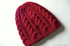 Strickmütze rubin Cute Hats, Bad Hair Day, Beanies, Knitted Hats, Etsy, Knitting, My Style, Fashion, Creative Products