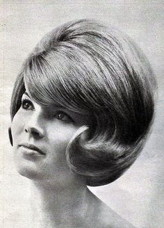 Think Your Hair Can't Be Tamed? Think Again! Everyone wants to have great looking hair, as a good set of locks can completely transform a person's appearance. 1960 Hairstyles, Vintage Hairstyles, Classic Hairstyles, Haircuts, Teased Hair, Short Hair Updo, 1960s Hair, Beehive Hair, Short Hair Styles Easy