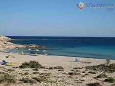 Praias em Karpathos, na Grécia Diakoftis1