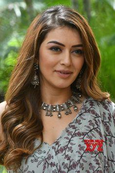 Beautiful Bollywood Actress, Beautiful Indian Actress, Hot Actresses, Indian Actresses, Movie Teaser, Indian Actress Photos, World Most Beautiful Woman, Top Celebrities, South Actress