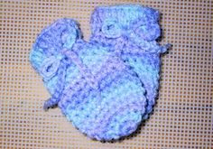 Suzie's Worsted Weight Baby Mitts free crochet pattern