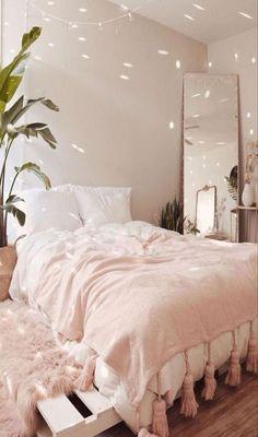 Room Ideas Bedroom, Teen Room Decor, Home Bedroom, Bedroom Inspo, Bedroom Furniture, Modern Bedroom, Bed Room, Minimalist Bedroom, Bedroom Decor Natural