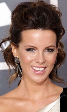 Kate Beckinsale Rocked A Fab Wavy Updo Hairstyle, 2012