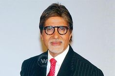 "Amitabh having huge following http://www.wishesh.com/bollywood/bollywood-news/40350-amitabh-having-huge-following.html  Megastar Amitabh Bachchan got a massive following of 11 million fans on Diwali on Thursday. ""HAPPY DIWALI!! and today (Thursday) followers reach 11 MILLION!! SHUBHKAMANAYEIN! SHUBH DIN pe shubh SHAGUN - 11 (Good omen on auspicious day)!!!,"