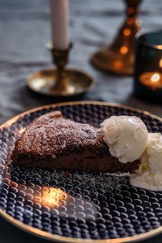 JOULUN MAKUINEN MUTAKAKKU - . Xmas Food, Lidl, Baking Ideas, Desserts, Tailgate Desserts, Deserts, Postres, Dessert, Plated Desserts