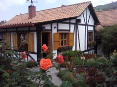 Casa Tipica de Colonia Tovar-Typical architecture of the German Village.