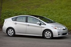 Biggest Myths about Hybrid and Eco-Friendly Vehicles