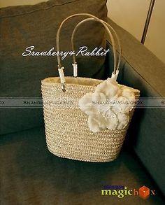 Women Sweet Straw Beach Flower Small Tote Shoulder Bag Beige WBG385