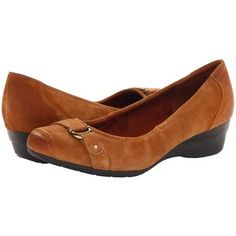 5b7002f4bacb Naturalizer Macey Women s Dress Flat Shoes